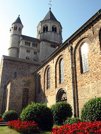 Gertrude of Nivelles - Nivelles (Belgium), fore-part and southern door of the Saint Gertrude Collegiate church (11th or 13th century).