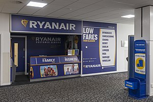 Ryanair - Counter of Ryanair in Glasgow