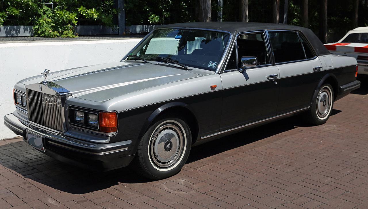 File1991 Rolls Royce Silver Spur II Front