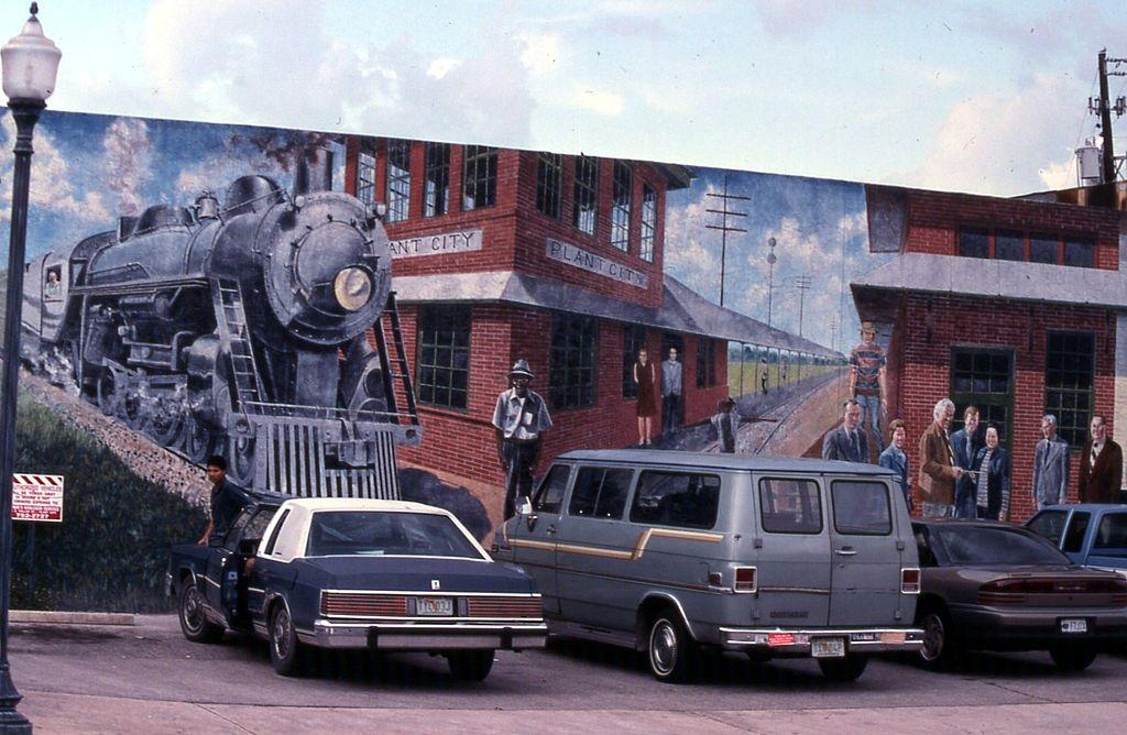 File:19970917 10 Plant City, Florida (6064973751).jpg ...