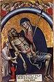 1Simone di Filippo. La pietà, angeli e il committente Giovanni da Ethinl, 1368, tempera e oro su tavola - Bologna, Museo Davia Bargellini.jpg
