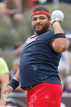 2014 DécaNation - Shot put 10a.jpg
