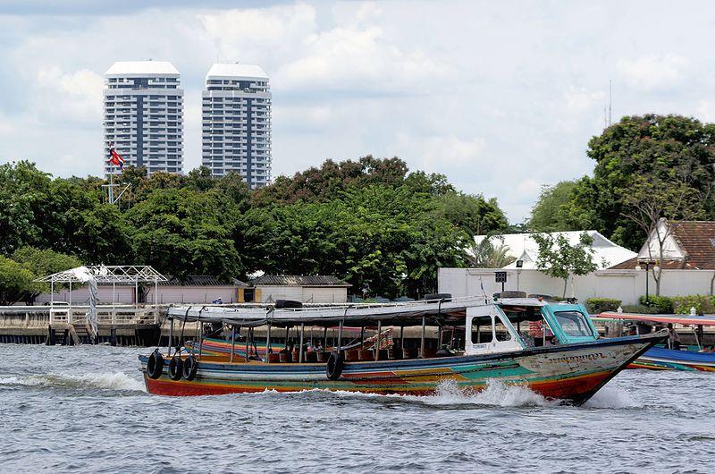 File:20160727 Bangkok Chao Phraya River 5544.jpg