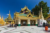 2016 Rangun, Pagoda Szwedagon (058).jpg