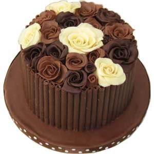 Modeling chocolate - The roses on this cake were made from modeling chocolate.