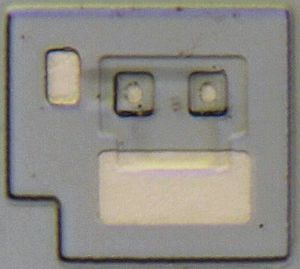 Delayered transistor from a Texas Instruments 54S02 datecode 8341