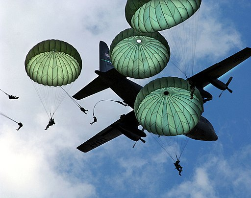 82nd Airborne Mass Jump-JSOH2006