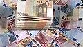 983706158-billet-de-10-euros-billet-de-20-euros-billet-de-50-euros-liasse-de-billets (1).jpg