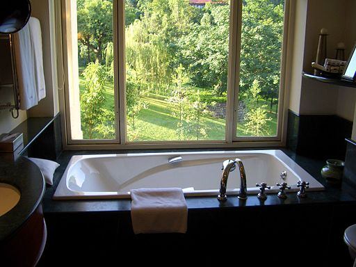 A Bathtub at Ananda spa