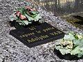 Adolphe Vard - tombe Aubevoye - cimetière Saint-Georges.jpg