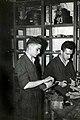 Ajustadores en el taller mecánico de la empresa Niessen en Errenteria (Gipuzkoa)-1.jpg