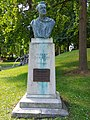 Albert Giraud, Standbeeld, buste te Leuven. 2021aug.jpg