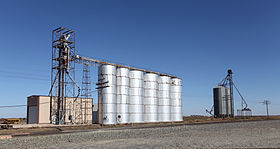 Amherst Texas Grain Elevators 2010.jpg