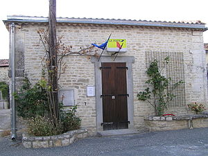 Anais, Charente - The Post Office