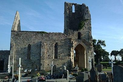 Ancienne église d'Auxais (7).jpg