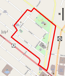 A map showing the district, with major buildings and the district boundary as a thick red line