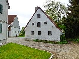 Gred mit überbauter Kapelle