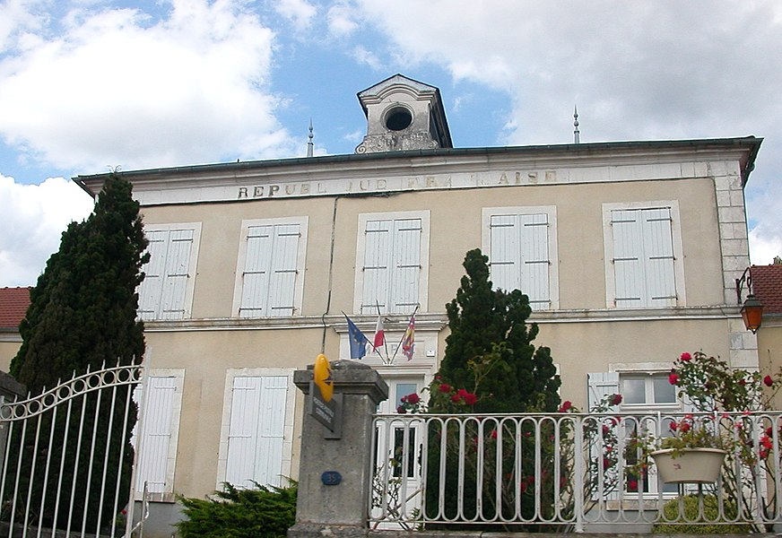 Town hall of Arquian
