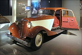 http://upload.wikimedia.org/wikipedia/commons/thumb/f/fb/Audi_Front_225_%28Horch_Museum%29.jpg/280px-Audi_Front_225_%28Horch_Museum%29.jpg