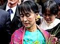 Aung sang suu kyi Peace Nobel Price Birmanie in Paris 26 juin 2012 arrivee Gare du Nord (7450126504).jpg