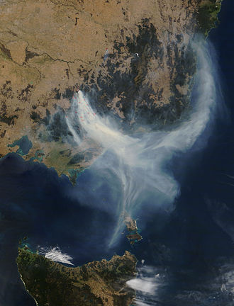 2006–07 Australian bushfire season - Satellite image of smoke from fires in the Victorian Alps and Gippsland, 8 December 2006