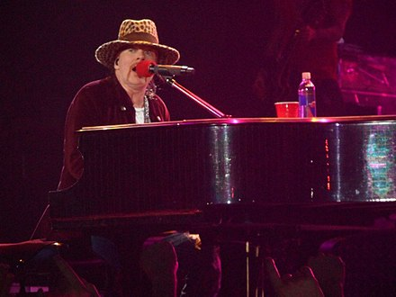 "Axl Rose performing ""November Rain"" at Nottingham Arena, Nottingham, UK, in May 2012. Axl Rose Nottingham 2012.JPG"
