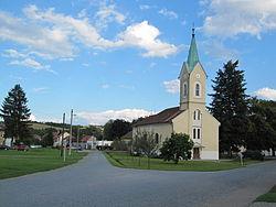 Březolupy, kostel.jpg