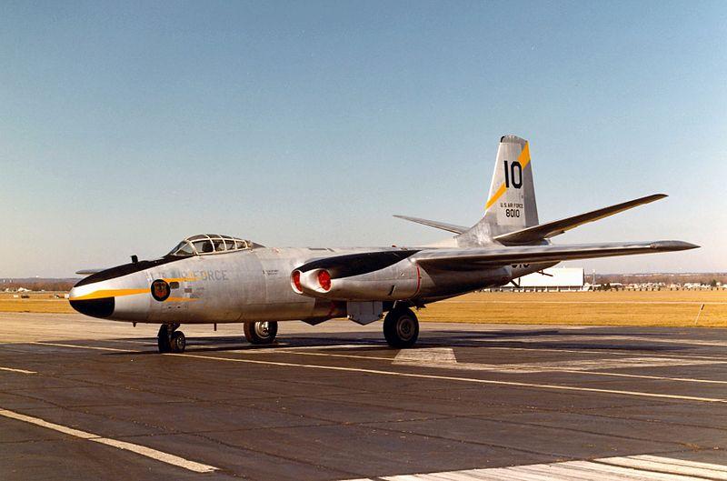 North American B-45 Tornado 800px-B45