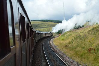 Fifteen Guinea Special - Image: BR 70013 Oliver Cromwell climbing to Dent