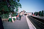 BR SR electric trains at Lingfield (1987-1988) 02.JPG