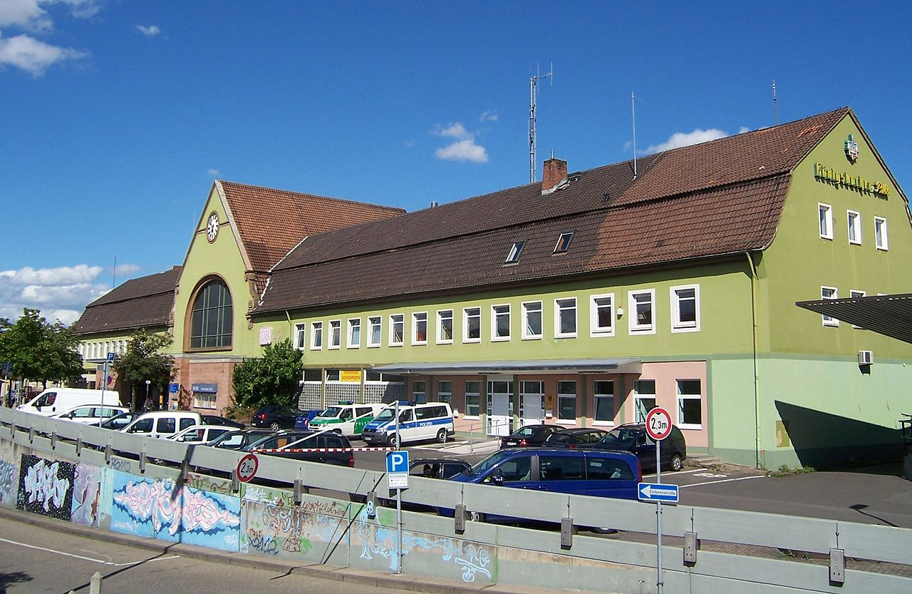 Bahnhof Kreuznach Front.jpg