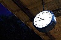 Bahnhofsuhr.jpg