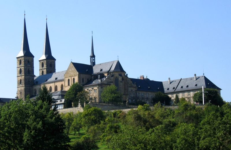 Soubor:Bamberg-StMichael1-Asio.JPG