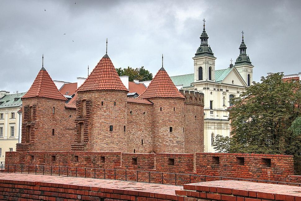 Barbakan i Kościół paulinów pod wezwaniem Św. Ducha w Warszawie