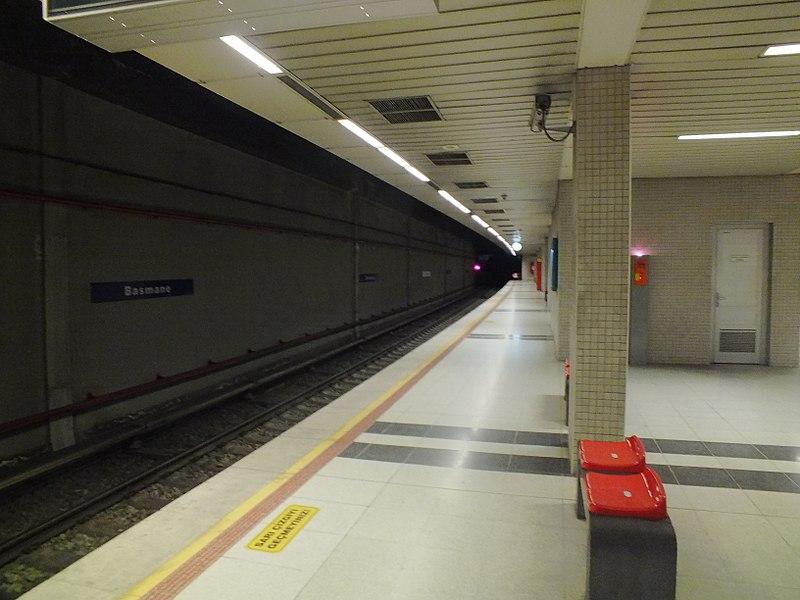 File:Basmane metro station.jpg