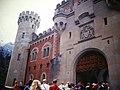Bavaria Neuschwanstein Castle Entrance (9812963794).jpg