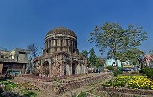 Buddhu's Tomb - Image: Bddha's Tomb wide view