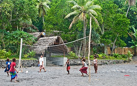A beach volleyball game in Tanna, Vanuatu (2009) Beach volleyball, Tanna, Vanuatu, 11 June 2009 (3620770466).jpg