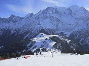 Les Houches - Image: Bellevue chairlift from Kandahar