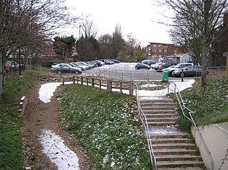 Belmont railway station (Harrow) - Image: Belmont Site of former railway station (geograph 2189905)