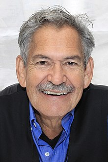 Sáenz at the 2016 Texas Book Festival
