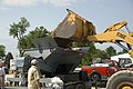 Beverly and Farley communities fill sandbags June 20, 2011 (5854882514).jpg