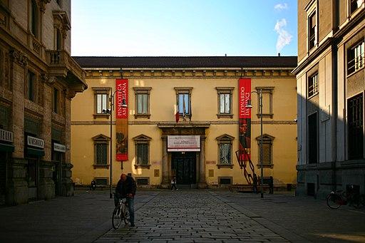 Biblioteca Ambrosiana facciata pincipale (Milano)