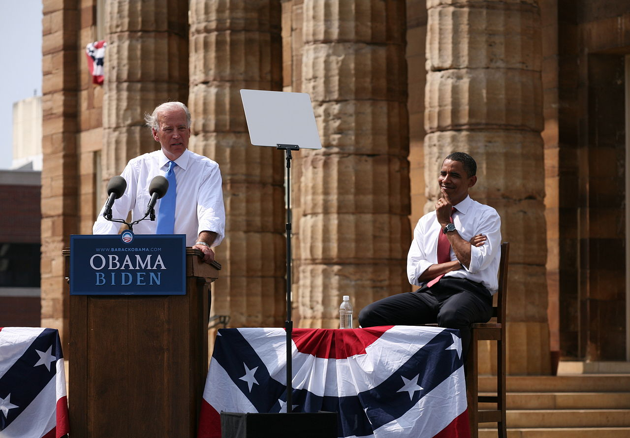 Biden Obama 3.jpg