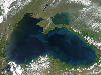 May 2004. Phytoplankton blooms and plumes of s...