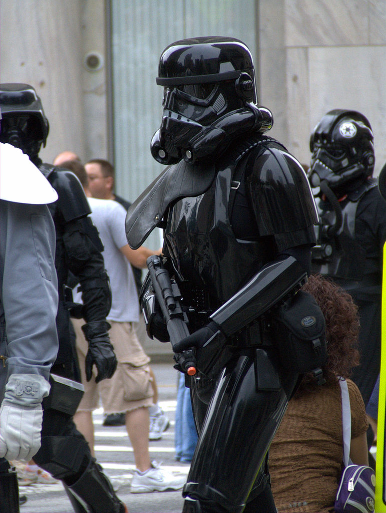 File Black Stormtrooper Jpg Wikimedia Commons