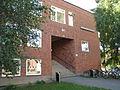Blackebergsskolan, ingång B1, 2013a.jpg