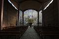 Blick vom Altar auf den Haupteingang der Kirche.jpg