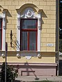Bocskai utca 13, ablak, 2017 Hajdúnánás.jpg