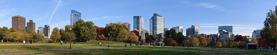 Boston Common November 2016 panorama.jpg